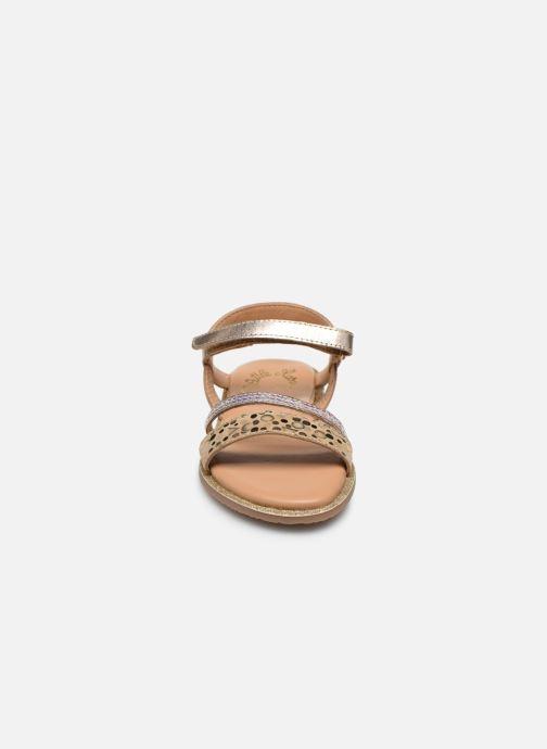 Sandali e scarpe aperte Little Mary Doleron Oro e bronzo modello indossato