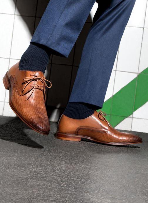Schnürschuhe Marvin&Co Titress blau ansicht von unten / tasche getragen