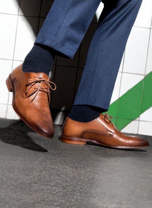 Chaussures à lacets Marvin&Co Titress Marron vue bas / vue portée sac