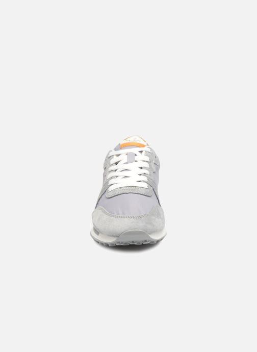 Baskets Pepe jeans Bimba Basic Gris vue portées chaussures