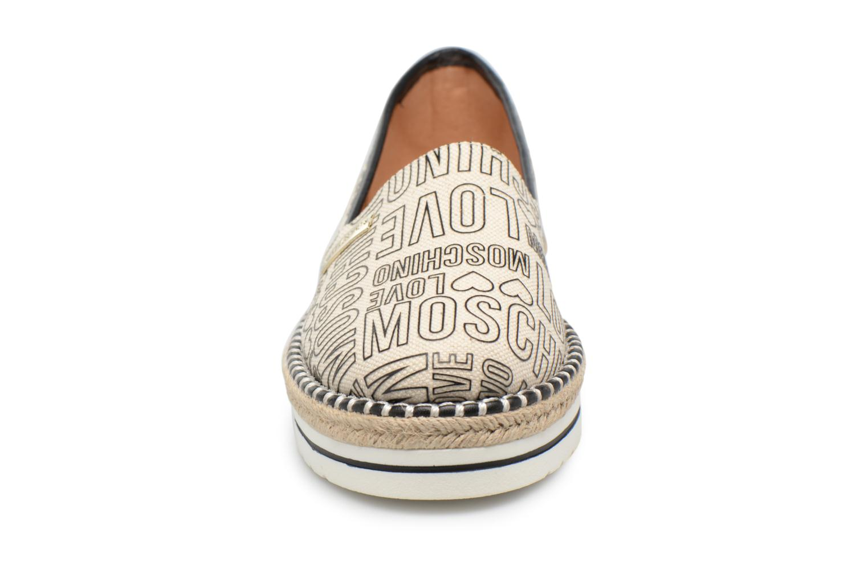 Espadrilles Love Moschino Canvas Embossed Logo JA10083G15 Beige vue portées chaussures