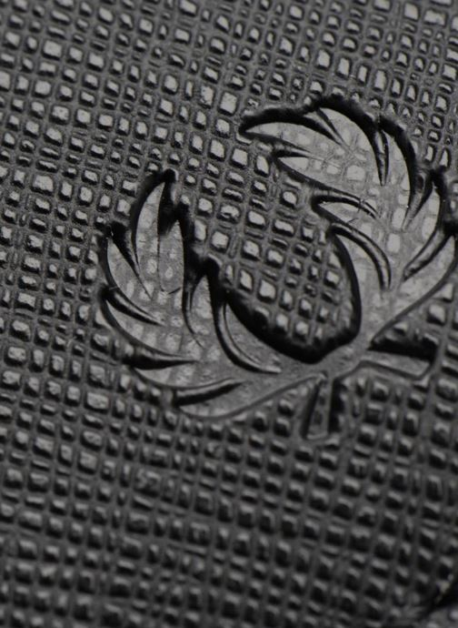 Petite Maroquinerie Fred Perry Saffiano Billfold Wallet Noir vue gauche