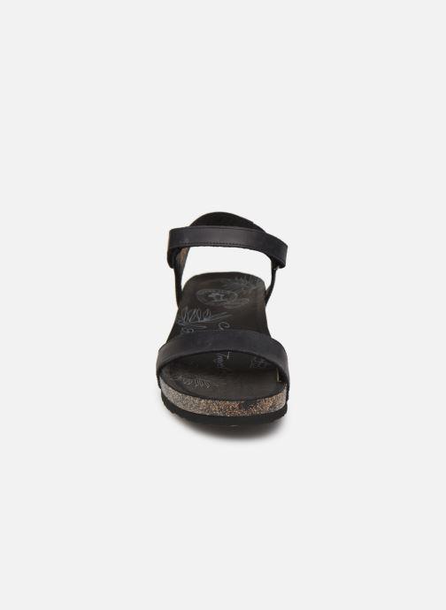 Sandalias Panama Jack Capri Negro vista del modelo