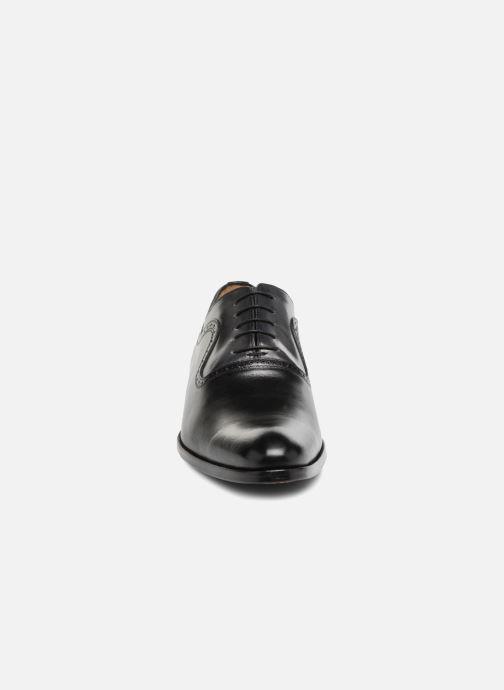 Zapatos con cordones Brett & Sons Will Negro vista del modelo