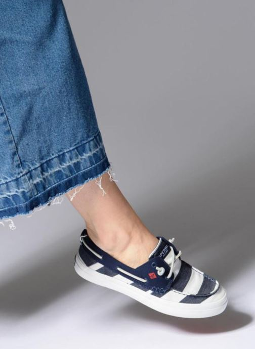 Lace-up shoes Sperry Crest Resort Breton Stripe Blue view from underneath / model view