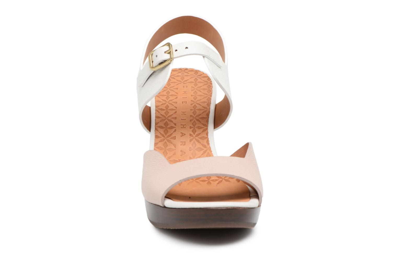Sandals Chie Mihara Loteria32 Beige model view