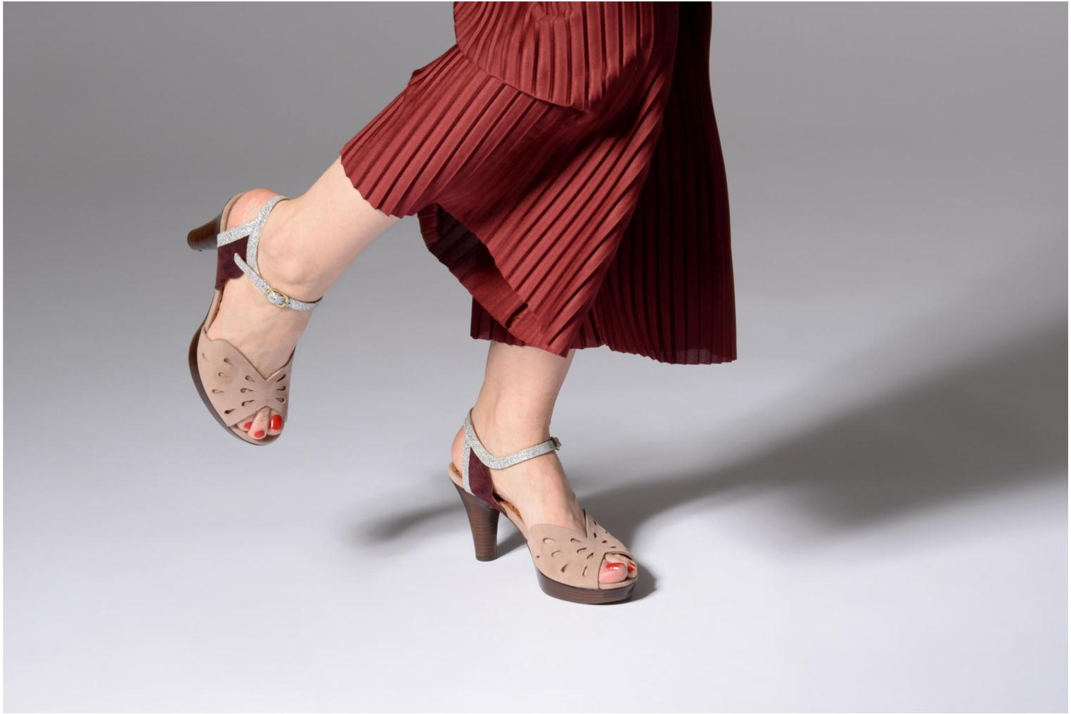Sandals Chie Mihara Loha32 Beige view from underneath / model view