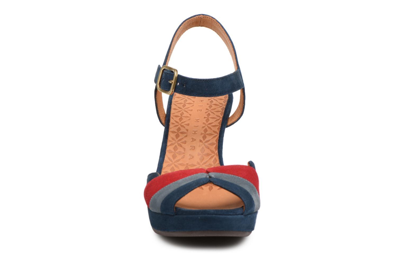 Sandales et nu-pieds Chie Mihara Edita Bleu vue portées chaussures