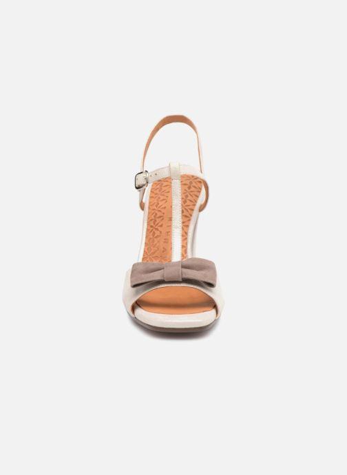 Escarpins Chie Mihara Braile Argent vue portées chaussures
