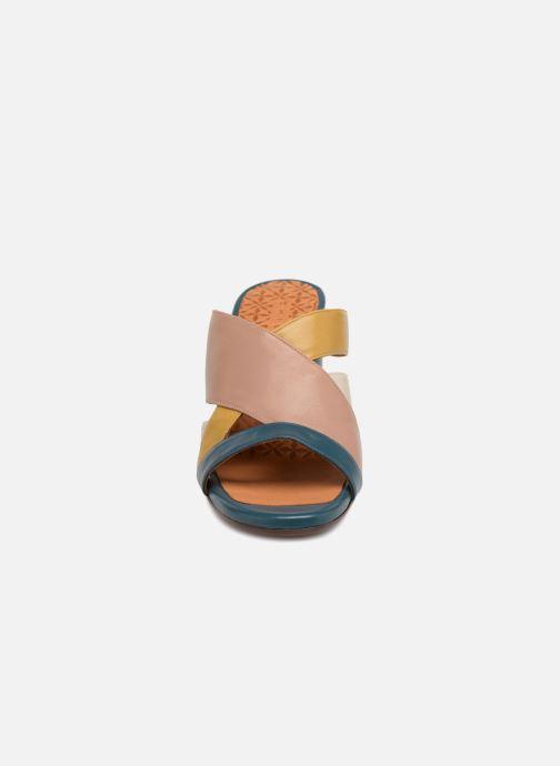 Mules et sabots Chie Mihara Uni Multicolore vue portées chaussures
