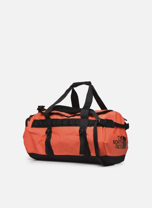 Sacs de sport The North Face BASE CAMP DUFFEL - M Orange vue portées chaussures