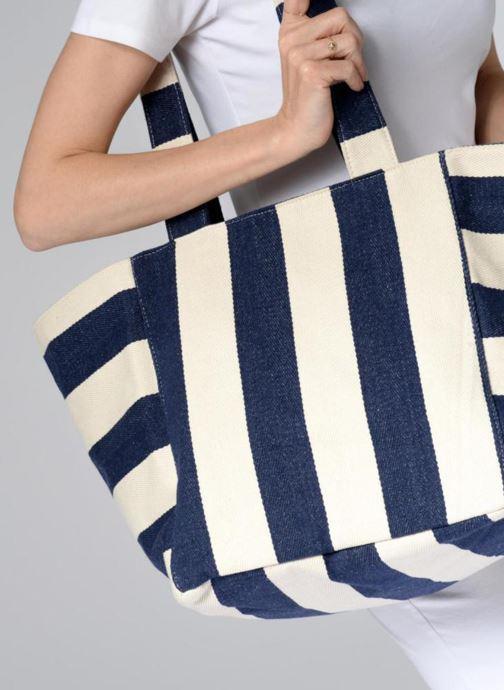 Handtaschen Pieces Gillian Canvas Shopper blau ansicht von unten / tasche getragen