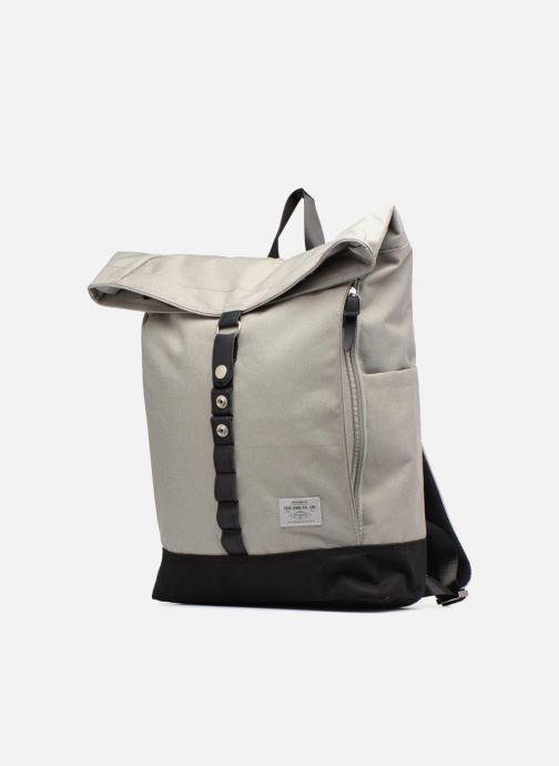 Mochilas Pepe jeans Aldgate backpack Gris vista del modelo