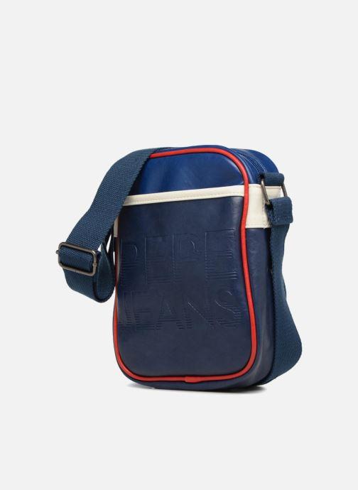 Bolsos de hombre Pepe jeans OLTRA GAME BAG Azul vista del modelo