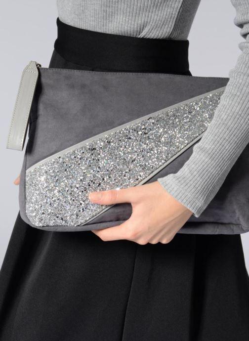 Portemonnaies & Clutches Mellow Yellow Amourette schwarz ansicht von unten / tasche getragen