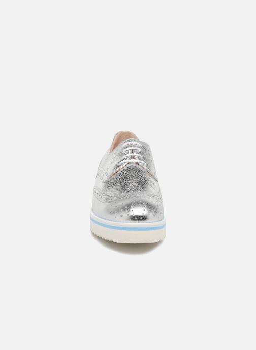 Zapatos con cordones COSMOPARIS VAJIA/MET Plateado vista del modelo