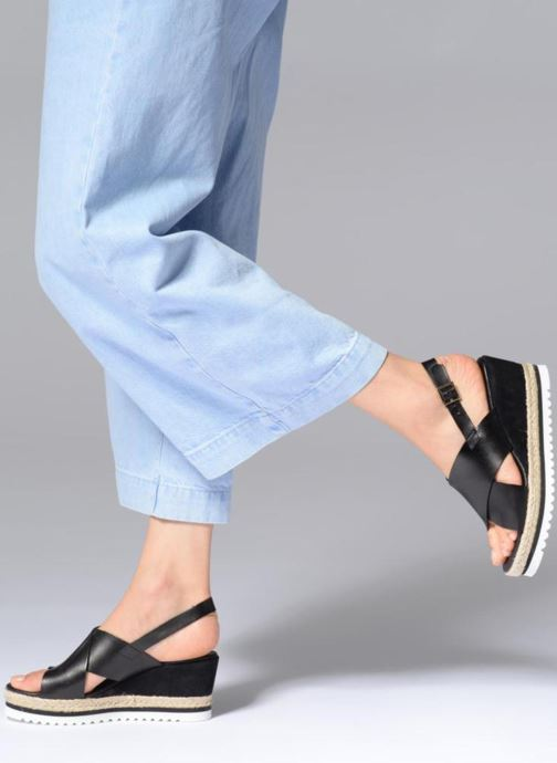 Espadrilles COSMOPARIS IPOMA Black view from underneath / model view