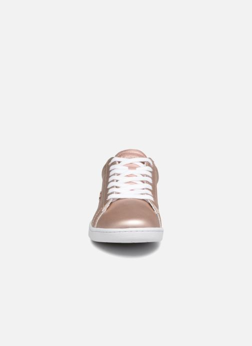 Baskets Lacoste CARNABY EVO 118 7 Argent vue portées chaussures