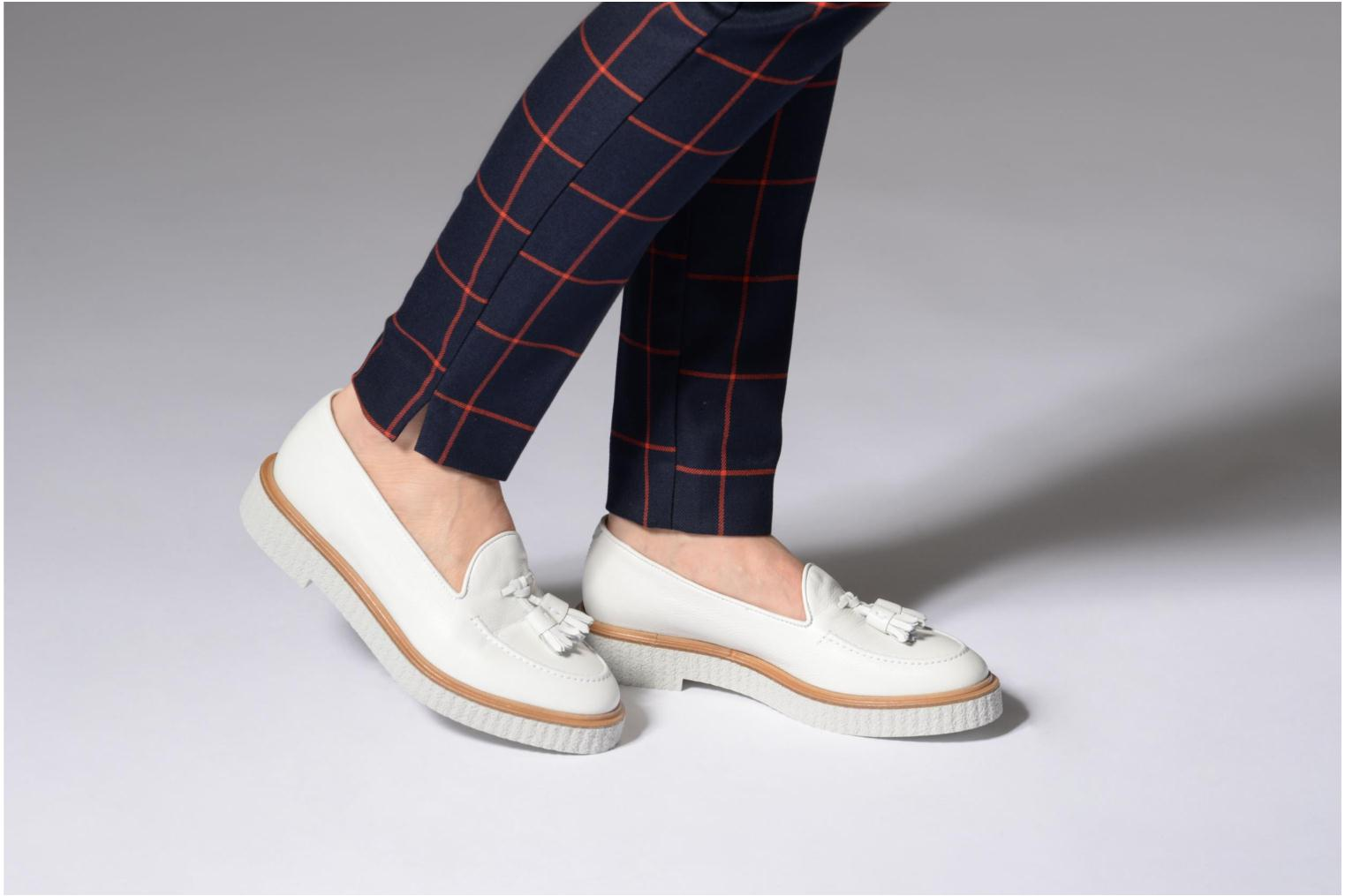 Loafers Fratelli Rossetti Lazu White view from underneath / model view