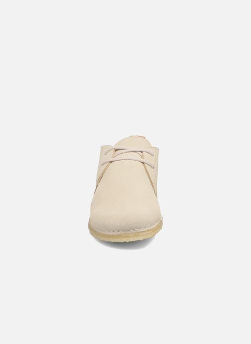 Schnürschuhe Clarks Originals Ashton W beige schuhe getragen