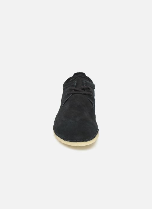 Lace-up shoes Clarks Originals Ashton M Black model view