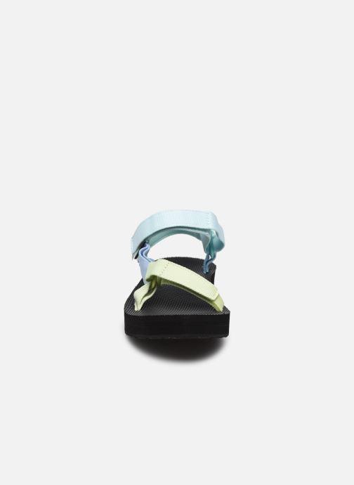 Sandali e scarpe aperte Teva Midform Universal W Multicolore modello indossato