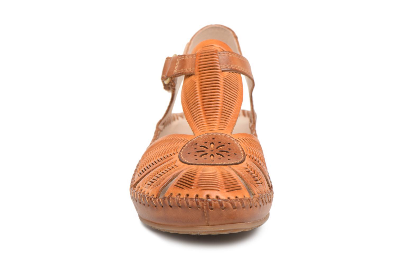 Ballerines Pikolinos P. VALLARTA 655 / 0575 lava Marron vue portées chaussures