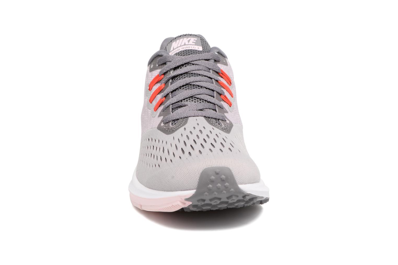 Sportschuhe Nike Wmns Nike Zoom Winflo 4 grau schuhe getragen