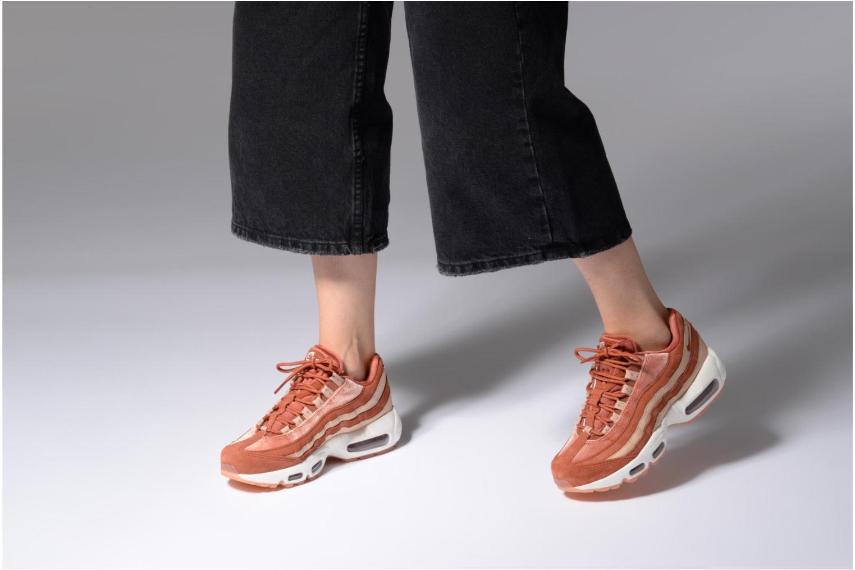 Baskets Nike Wmns Air Max 95 Lx Orange vue bas / vue portée sac