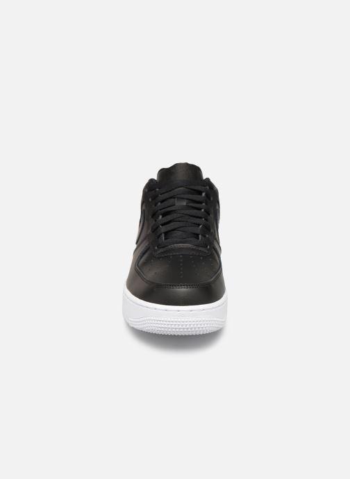 Baskets Nike Air Force 1 '07 Noir vue portées chaussures