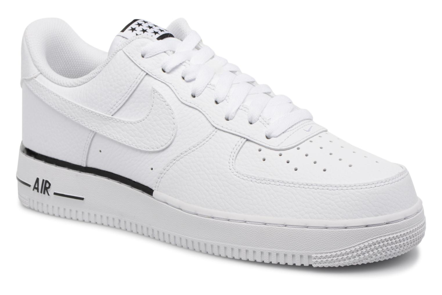 Trainers Nike Air Force 1 '07 White detailed view/ Pair view