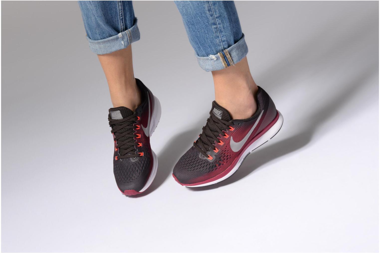 Chaussures de sport Nike W Nike Air Zoom Pegasus 34 Gem Marron vue bas / vue portée sac