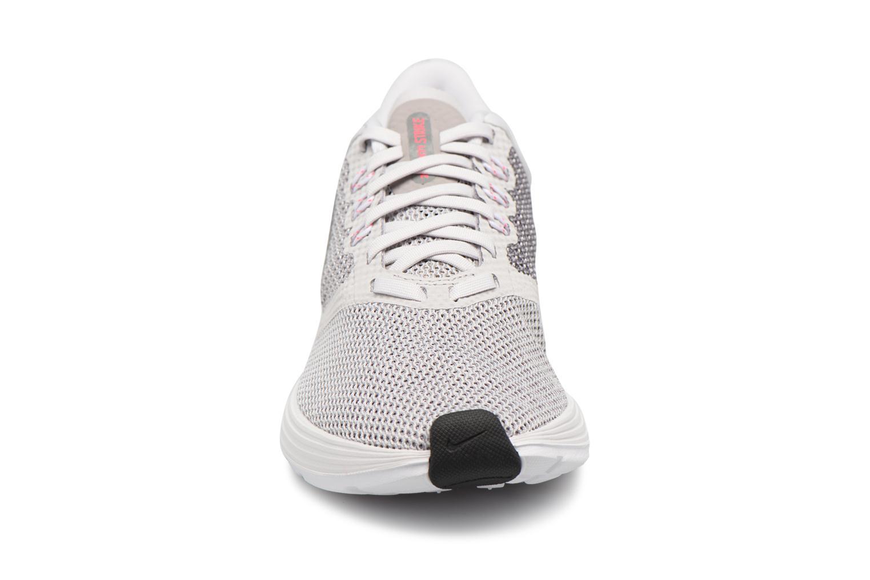 Chaussures de sport Nike Wmns Nike Zoom Strike Gris vue portées chaussures