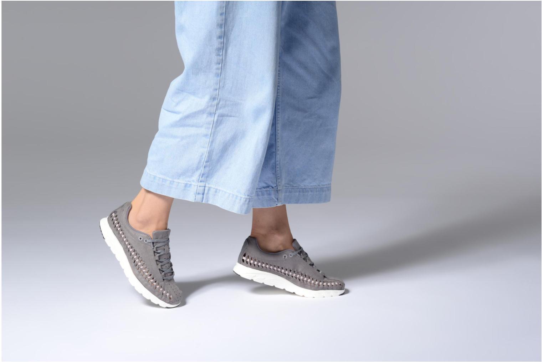 Sneaker Nike Wmns Mayfly Woven grau ansicht von unten / tasche getragen