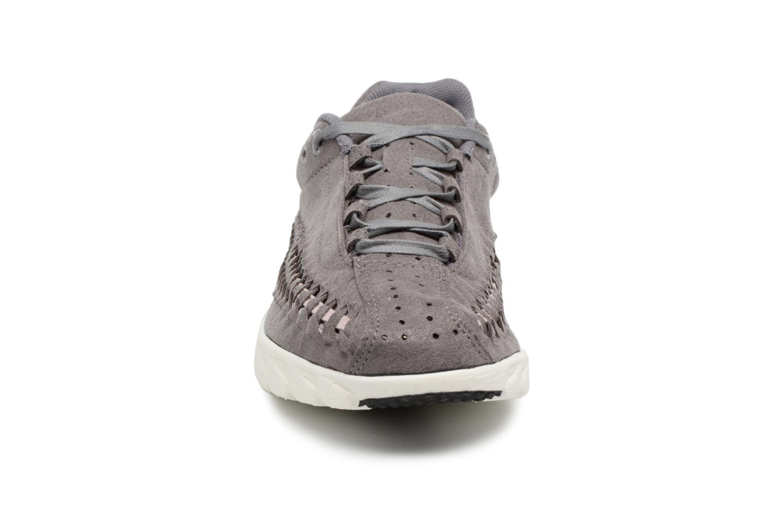 Sneaker Nike Wmns Mayfly Woven grau schuhe getragen