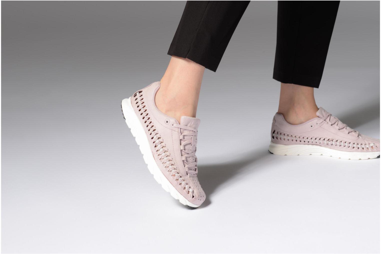 Sneaker Nike Wmns Mayfly Woven rosa ansicht von unten / tasche getragen