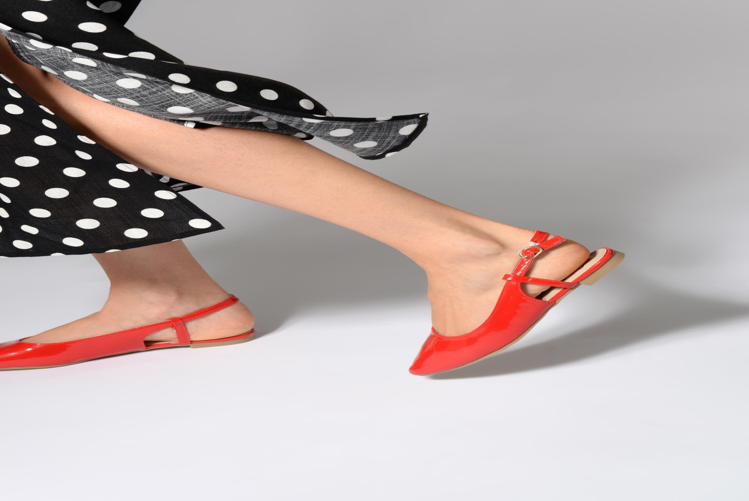 Ballerines I Love Shoes Belona Beige vue bas / vue portée sac