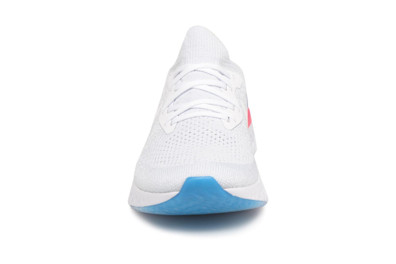 Chaussures de sport Nike Wmns Nike Epic React Flyknit Blanc vue portées chaussures