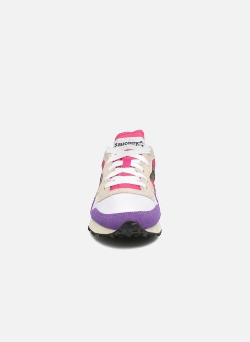 Baskets Saucony Dxn trainer  Vintage Rose vue portées chaussures
