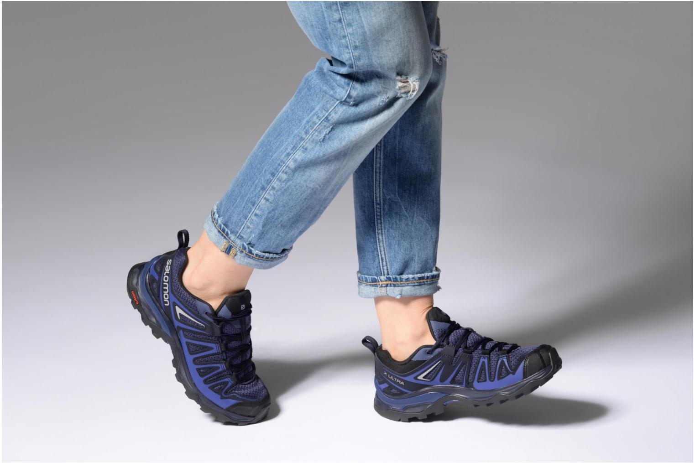 Chaussures de sport Salomon X Ultra 3 Prime W Bleu vue bas / vue portée sac