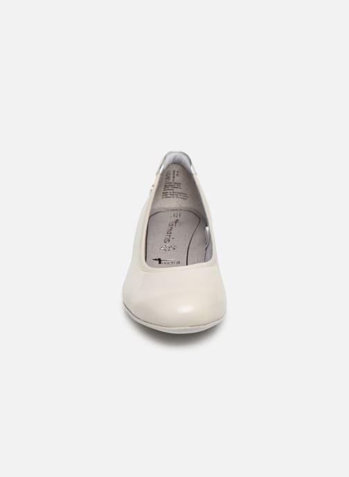 Ballerines Tamaris Curry Gris vue portées chaussures