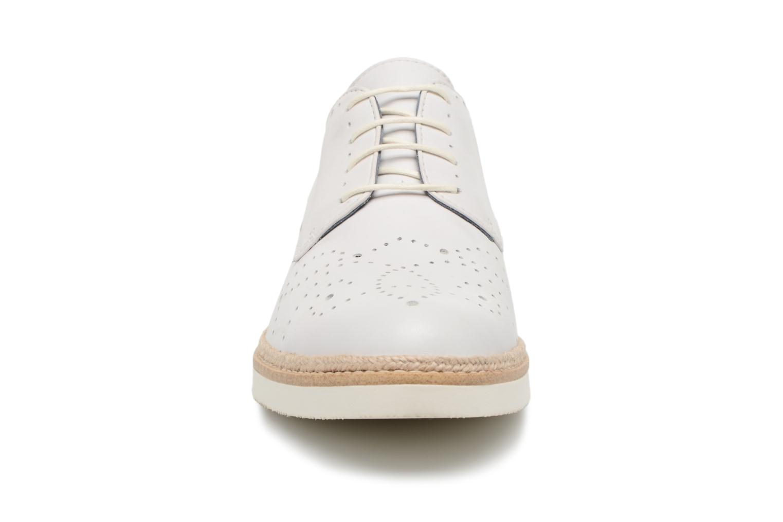 Chaussures à lacets Tamaris Cardamome Blanc vue portées chaussures