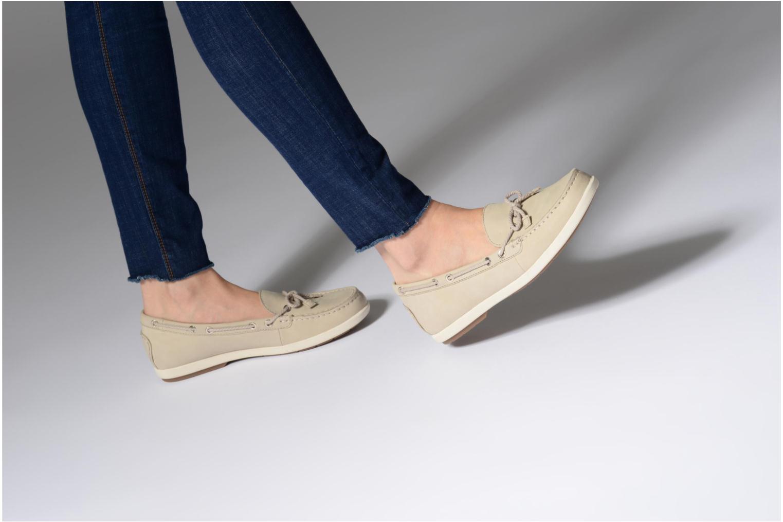 Chaussures à lacets Tamaris Kili Beige vue bas / vue portée sac