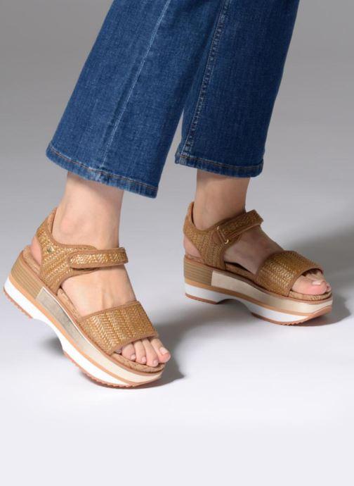 Sandales et nu-pieds Gioseppo Piset Marron vue bas / vue portée sac