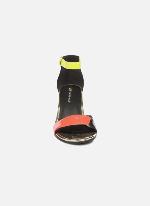 Sandales et nu-pieds United Nude Bella Bella Noir vue portées chaussures