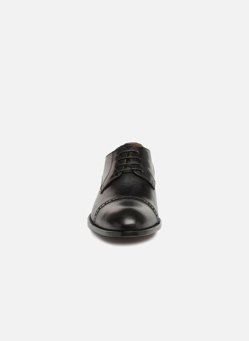 Scarpe con lacci Marvin&Co Nudge Nero modello indossato