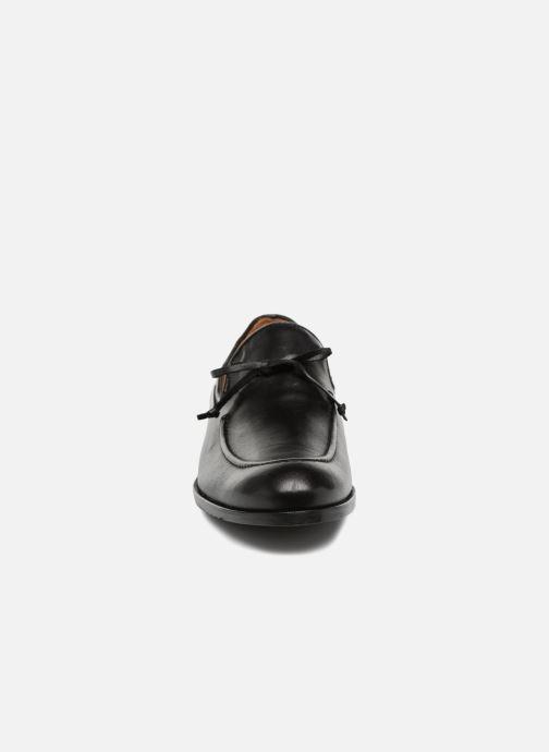 Mocassins Marvin&Co Newlace Noir vue portées chaussures