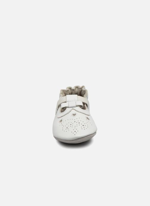 Chaussons Robeez Pretty Star Blanc vue portées chaussures