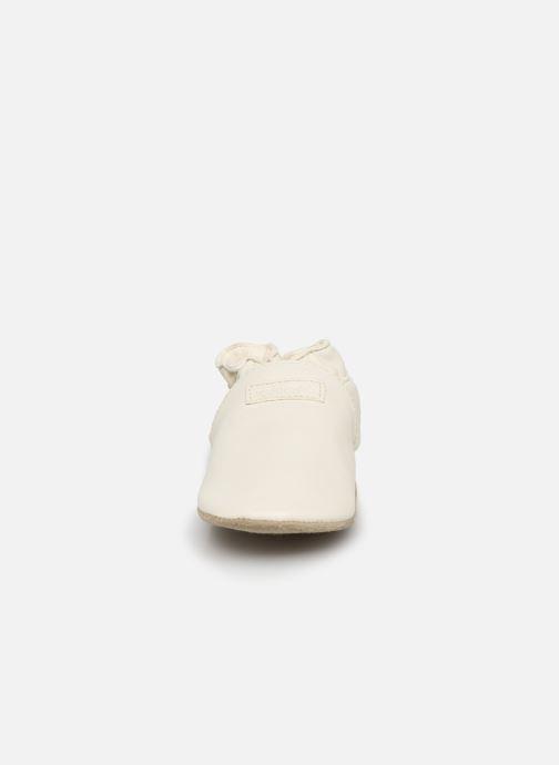 Pantofole Robeez My First Bianco modello indossato