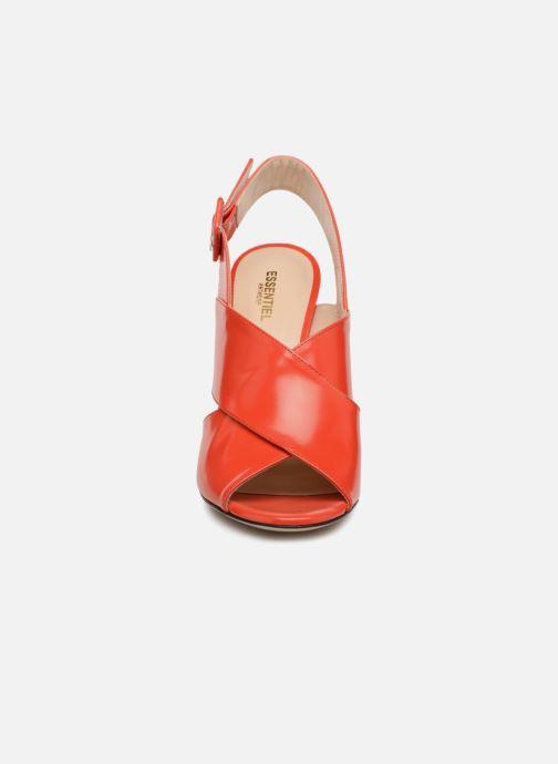 Sandales et nu-pieds Essentiel Antwerp Priska Rouge vue portées chaussures